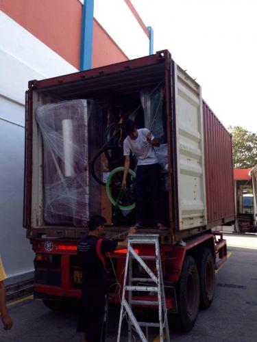 Denny Sim - stuffing container 2